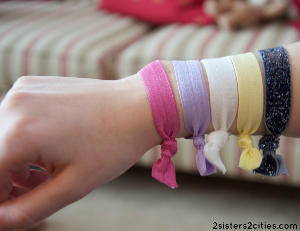 diy hair bands on wrist