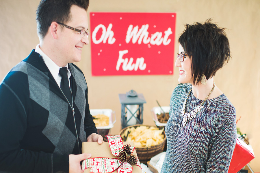 Easy Holiday Office Party Tips | 2 Sisters 2 Cities